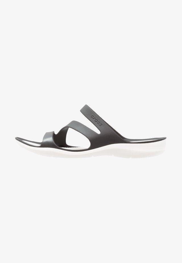 SWIFTWATER - Sandales de bain - black/white