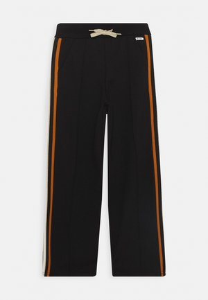 BENTHE - Trousers - black