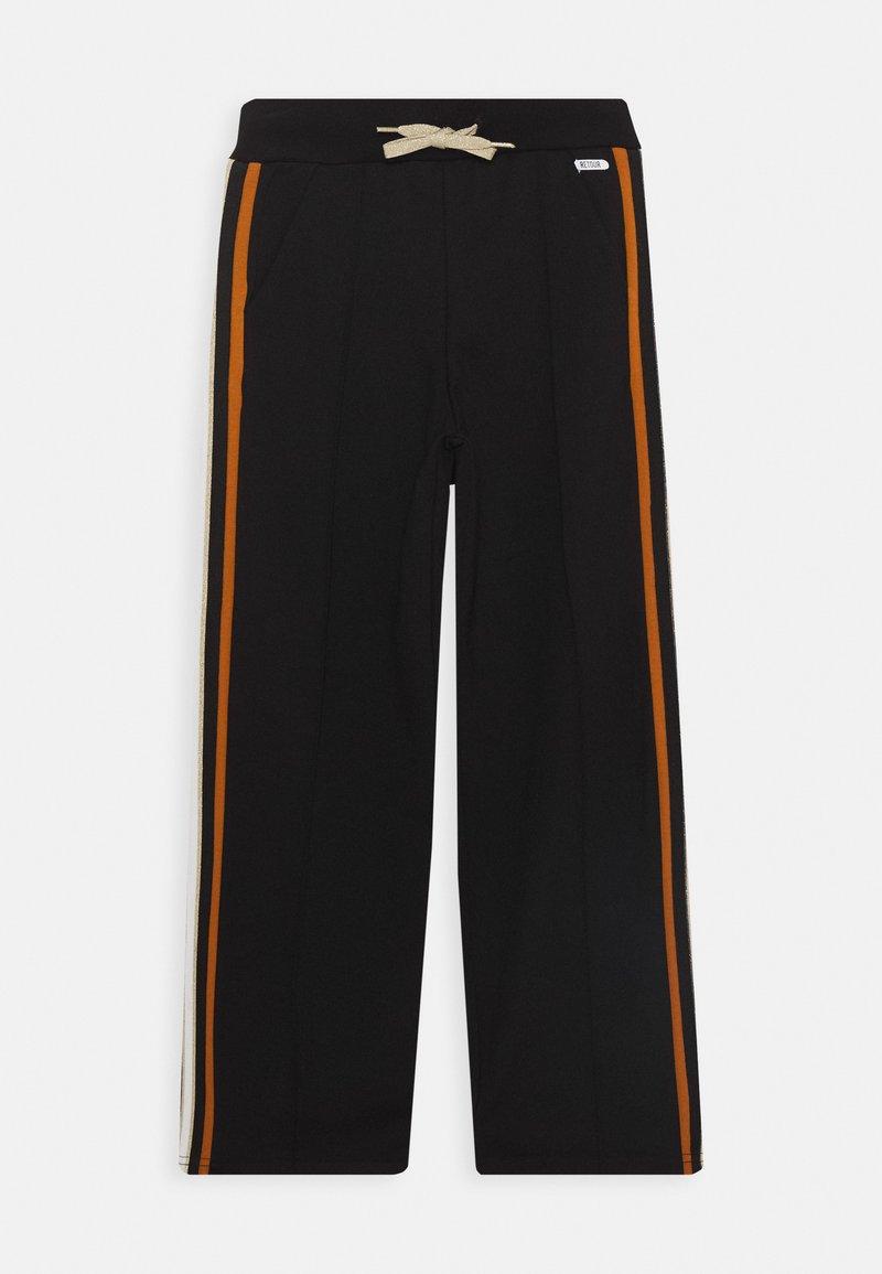 Retour Jeans - BENTHE - Trousers - black