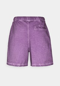 Russell Athletic Eagle R - BRADLEY - Shorts - chinese violet - 1
