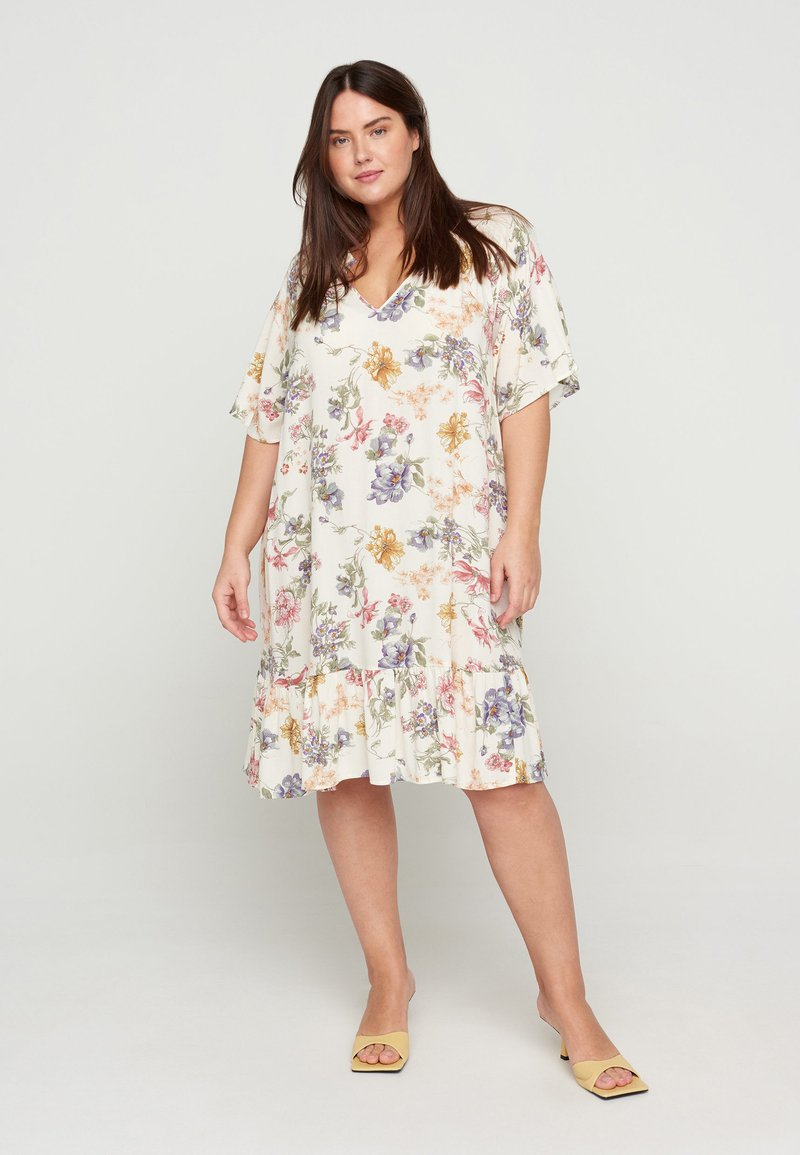 Zizzi - Day dress - creme vintage flower