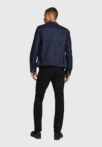 Jack & Jones - JJICLARK JJORG - Jeans straight leg - black - 2