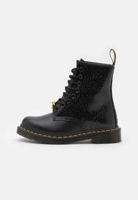 Dr. Martens - 1460 KH-8 EYE BOOT UNISEX - Veterboots - black - 0