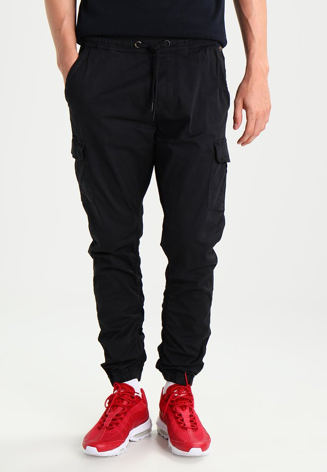 LAKELAND - Pantalon cargo - black