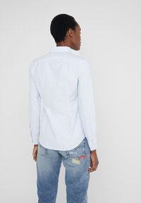 Polo Ralph Lauren - OXFORD KENDAL SLIM FIT - Skjorte - blue/white - 2