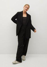 Violeta by Mango - BIMBA8 - Spodnie materiałowe - schwarz - 1