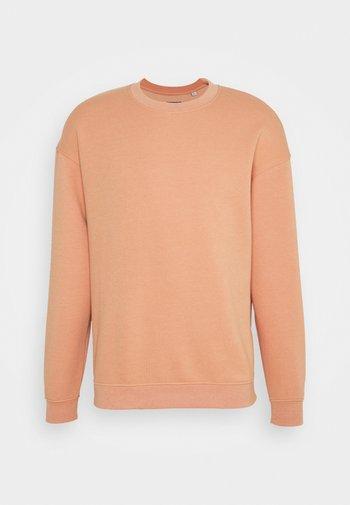 JORBRINK CREW NECK - Sweatshirt - shell coral