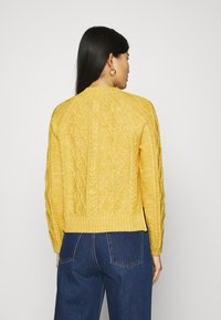 GAP - CABLE CREW - Jumper - misted yellow - 2