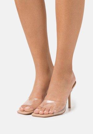 SIGNAL - Pantofle na podpatku - clear