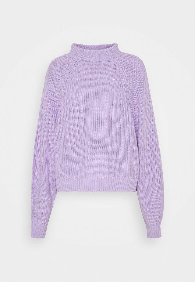 GITTY  - Stickad tröja - lilac
