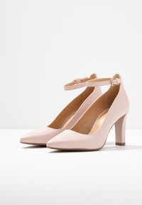 MICHAEL Michael Kors - MILA ANKLE STRAP - Classic heels - nude - 4