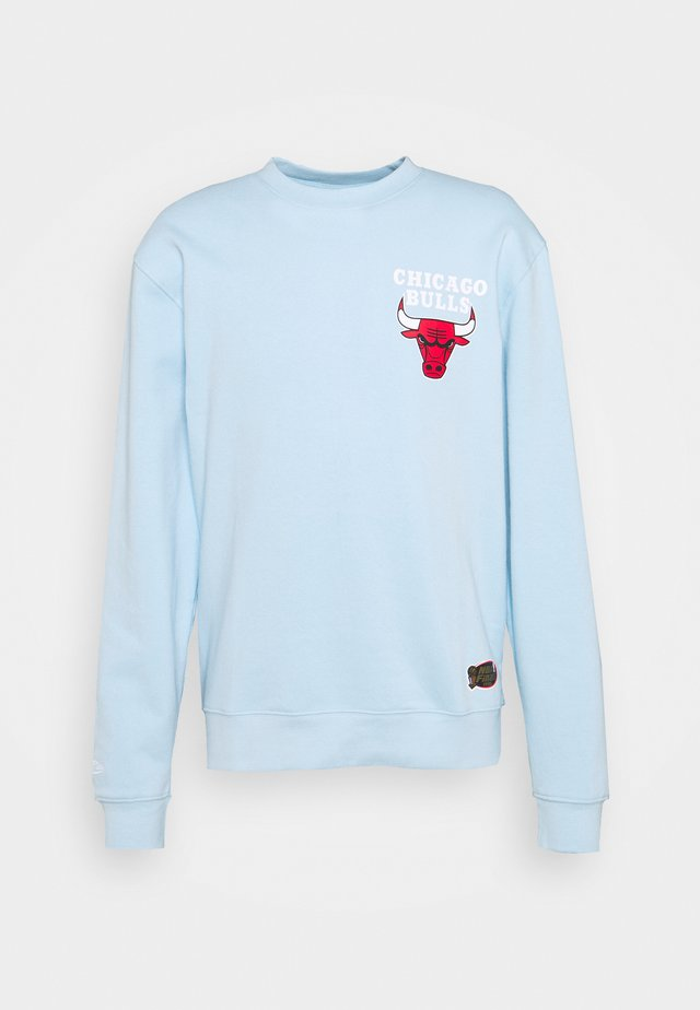 NBA CHICAGO BULLS WARM UP PASTEL CREW - Club wear - sky blue