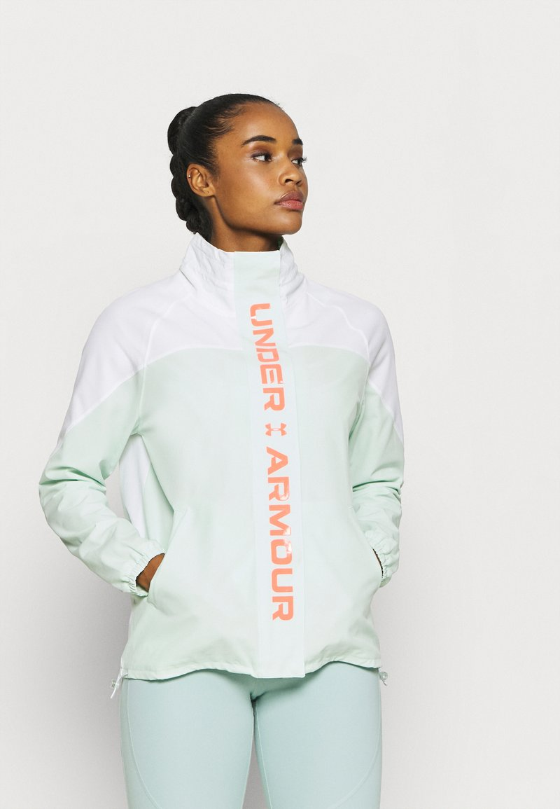 Under Armour - RECOVER JACKET - Treningsjakke - white