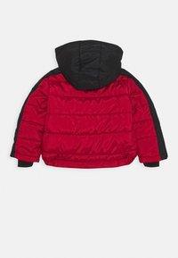 Jordan - JUMPMAN CLASSIC PUFFER UNISEX - Winter jacket - gym red - 1