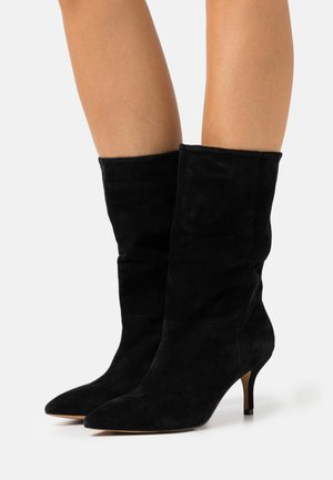 BERGIT PULL - Vysoká obuv - black