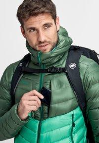Mammut - BROAD PEAK  - Winter jacket - deep emerald-woods - 4