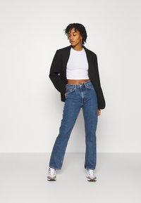 Weekday - VOYAGE ECHO - Jeans a sigaretta - standard blue - 1