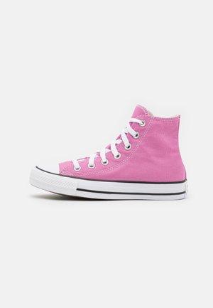 CHUCK TAYLOR ALL STAR UNISEX - Höga sneakers - magic flamingo