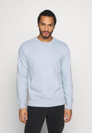 CREW NECK WITH POCKET - Sweatshirt - sky blue