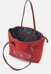 U.S. Polo Assn. - SPRINGFIELD MEDIUM SHOPPING - Käsilaukku - peach - 2
