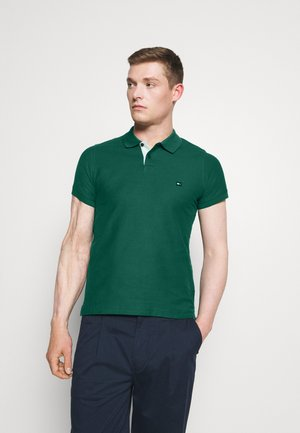 CONTRAST PLACKET SLIM  - Piké - rural green