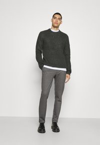 Only & Sons - ONSMARK PANTS - Kalhoty - medium grey melange - 1