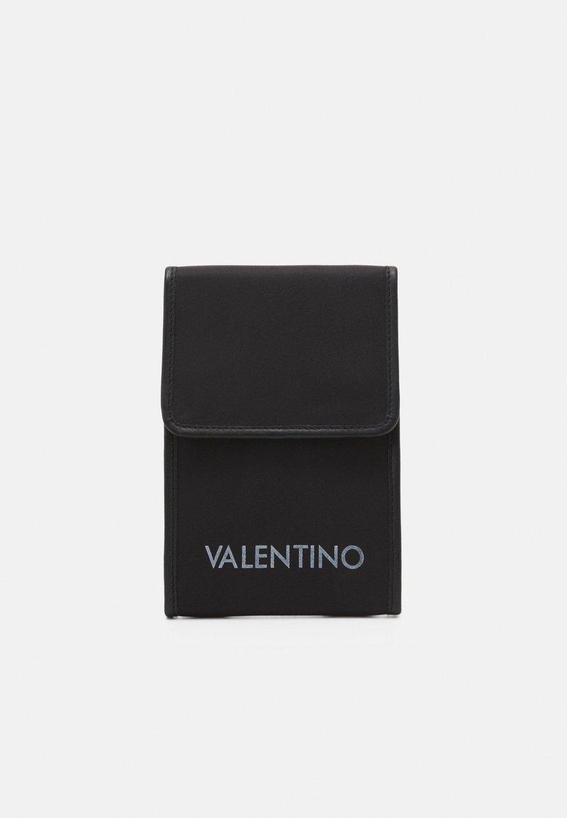 Valentino Bags - KYLO PHONE CASE - Mobilväska - nero