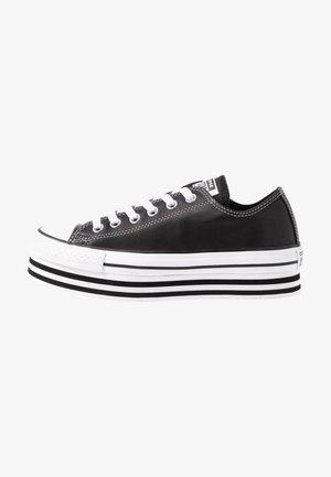 CHUCK TAYLOR ALL STAR LAYER BOTTOM - Tenisky - black/white