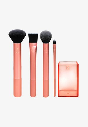 FLAWLESS BASE SET - Makeup brush - -