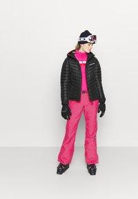 O'Neill - STAR SLIM PANTS - Ski- & snowboardbukser - cabaret - 1