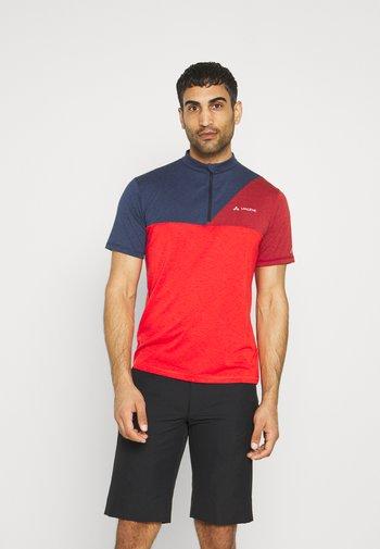 TREMALZO IV - T-shirt imprimé - mars red