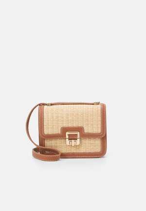 FREYA PANELLED CROSSBODY BAG - Across body bag - tan/straw