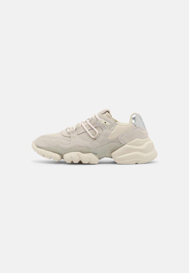 JULIA 3D - Sneakers laag - stone