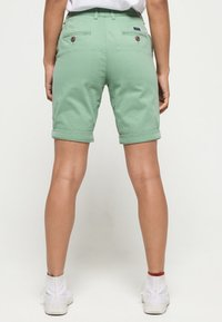 Superdry - CITY - Shorts - khaki - 2
