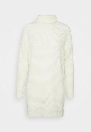 ROLL NECK DRESS - Strikket kjole - off white