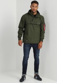 Alpha Industries - Light jacket - dark green - 1