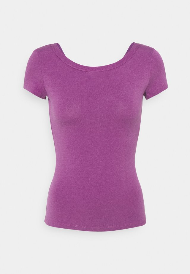 DANZANTE - T-shirts print - wisteria