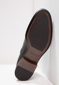 Vagabond - HARVEY - Kotníkové boty - black - 4