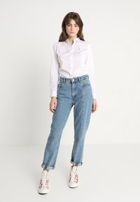 Tommy Jeans - ORIGINAL - Button-down blouse - classic white - 1