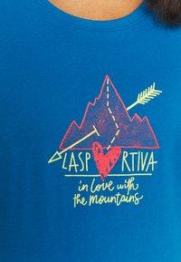 La Sportiva - ALAKAY  - Print T-shirt - neptune - 5