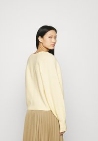 ARKET - SWEATER - Jumper - soft yellow - 2