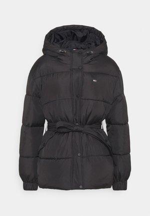 BELTED PUFFER - Zimní bunda - black