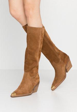 KOLE - Cowboy/Biker boots - cognac
