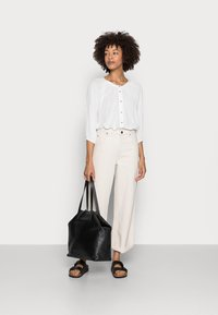 Esprit - BLOUSE - Blouse - off white - 1