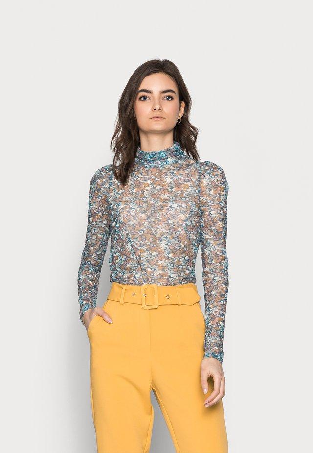 VMLULU HIGH NECK - Long sleeved top - mykonos blue/lulu