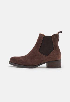 ALAIN - Kotníkové boty - caoba