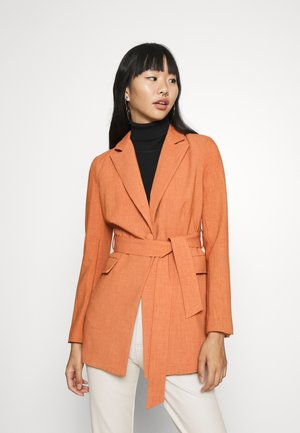 DELLA - Short coat - light rust