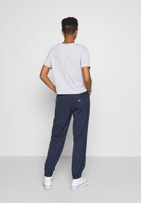 Tommy Jeans - JOGGER TAPE RELAXED - Pantalon de survêtement - twilight navy - 2