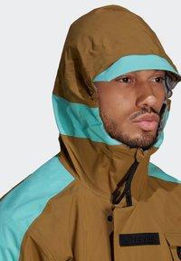 adidas Performance - XPLORIC RAIN JACKET - Hardshell jacket - wild moss/acid mint - 5