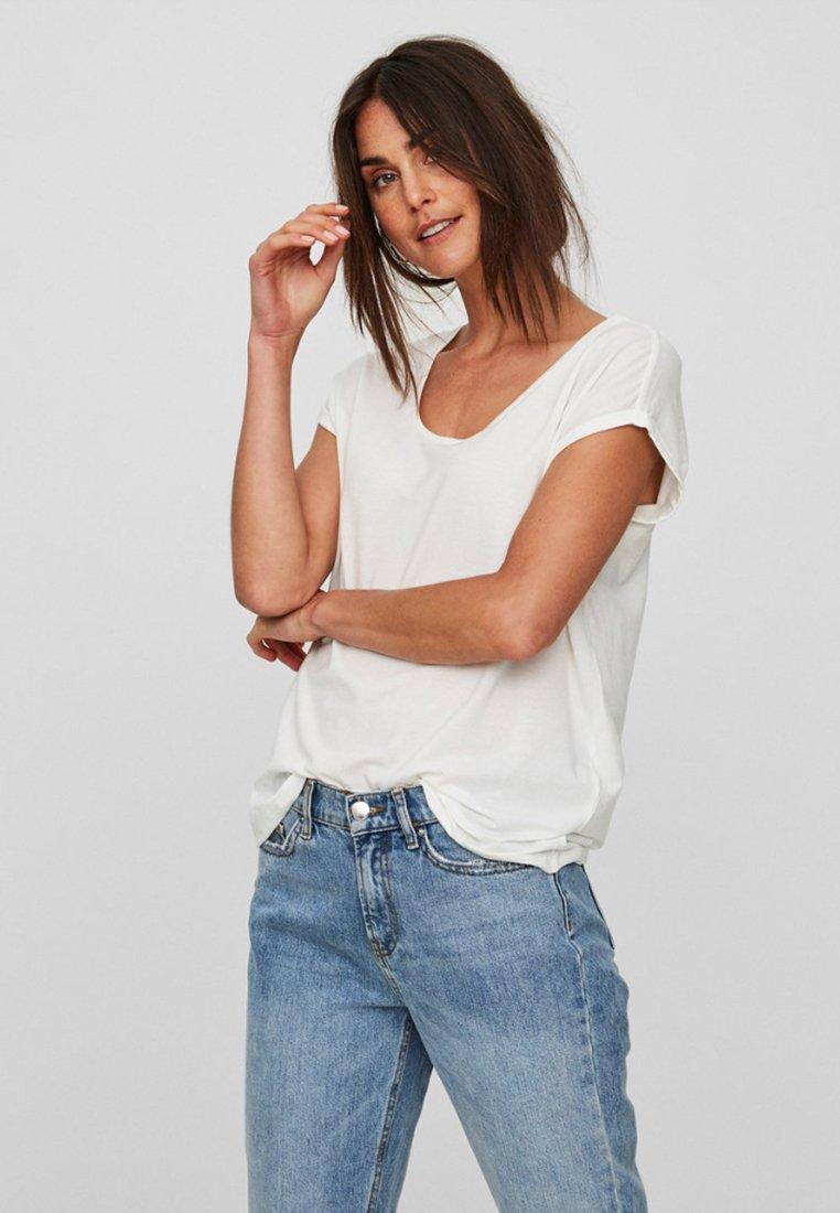 Vero Moda - VMCINA - T-shirts basic - white